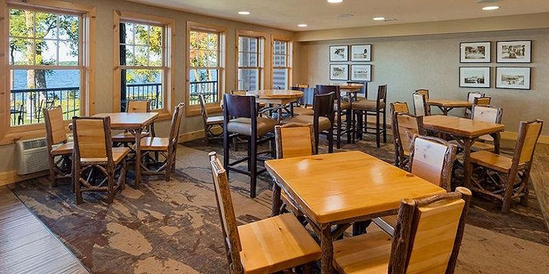 Sunrise Breakfast Room - The Lodge on Lake Detroit - Hotel in Detroit Lakes MN